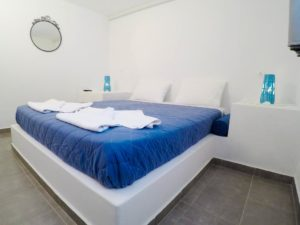 Blue Era Apartments in Andros
